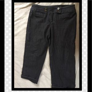 Cropped pants with cuff